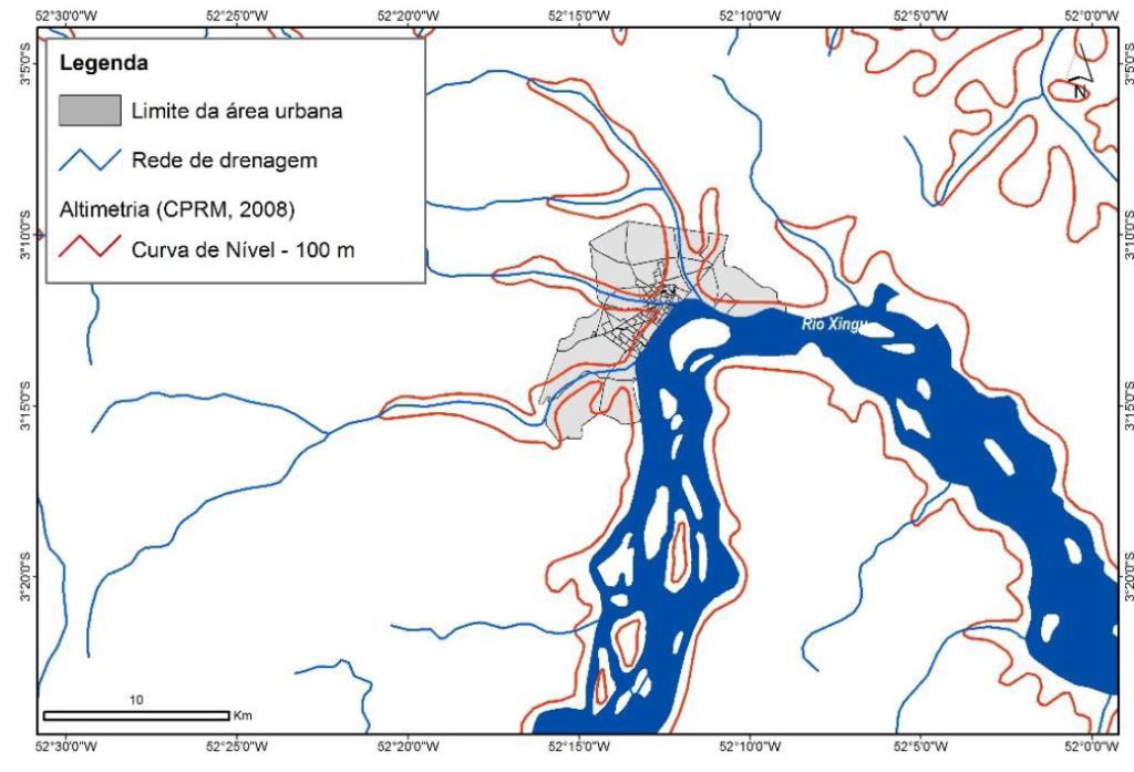 Limite da cota de 100 m na cidade de Altamira. Base de dados de CPRM (2008). Elaborado no Laboratório de Estudos de Modelagem Hidroambientais – LEMHA (2014).